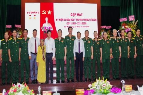 Sư đoàn 5 gặp mặt kỷ niệm 55 năm Ngày truyền thống Sư đoàn