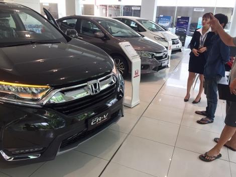 Đề xuất không gia hạn giảm 50% phí trước bạ ôtô