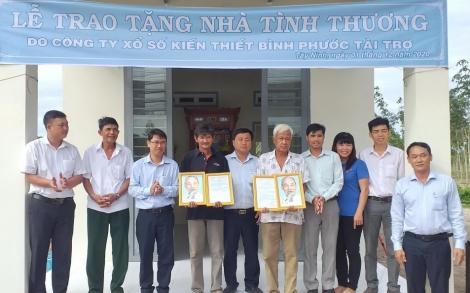 Tặng nhà tình thương tại xã Phước Vinh