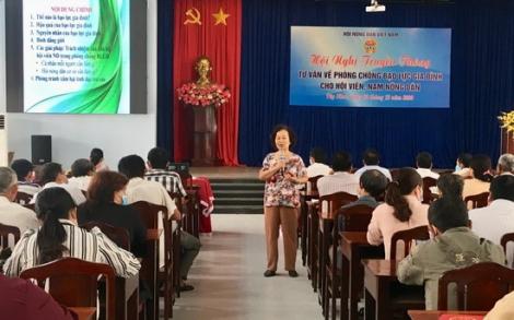 Tư vấn phòng chống bạo lực gia đình cho hội viên nông dân huyện Dương Minh Châu