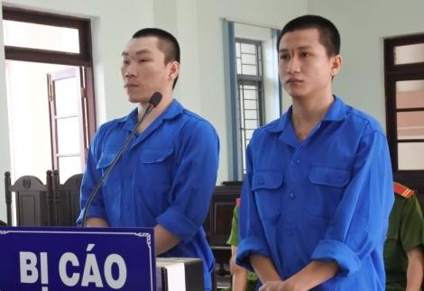 Cướp giật điện thoại, 2 bị cáo lãnh án 10 năm tù