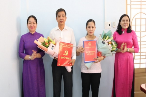 Huyện Gò Dầu: Công bố các Quyết định về công tác cán bộ