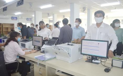 """Hòa Thành đưa vào hoạt động Bộ phận """"Một cửa"""" tại trụ sở mới"""
