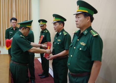 Biên phòng Tây Ninh: Trao Quyết định điều động, bổ nhiệm các Đồn trưởng