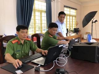 Công an Tây Ninh triển khai cấp căn cước công dân gắn chíp điện tử