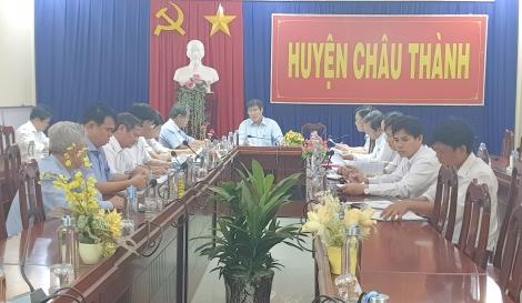Phó Chủ tịch UBND tỉnh Trần Văn Chiến kiểm tra công tác phòng, chống dịch tả heo châu Phi tại huyện Châu Thành