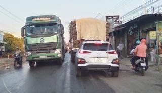 Ùn tắc giao thông trên Quốc lộ 22B đoạn qua địa phận huyện Châu Thành