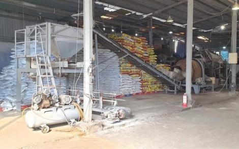 """Một doanh nghiệp sản xuất phân bón  vô cơ """"tự nguyện"""" kiến nghị ngành nông nghiệp kiểm tra chất lượng sản phẩm !?"""
