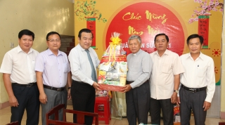 Lãnh đạo tỉnh thăm và chúc tết các tổ chức tôn giáo