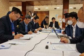 Bộ trưởng Y tế Nguyễn Thanh Long: Nhanh chóng khoanh vùng, khống chế dịch ở Hải Dương, Quảng Ninh