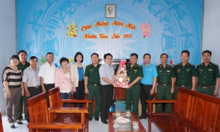 Thăm, chúc tết các xã biên giới và đồn biên phòng trên địa bàn huyện Tân Châu