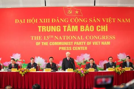 Tổng Bí thư Nguyễn Phú Trọng chủ trì họp báo thông báo kết quả Đại hội XIII của Đảng