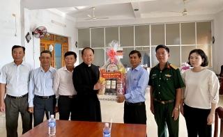 Châu Thành: Thăm, chúc tết các tổ chức tôn giáo