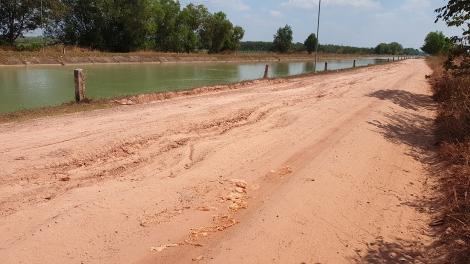 Đường bờ kênh Đông sẽ được tiếp tục sửa chữa trong năm 2021