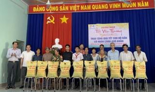 Hơn 50 ngàn phần quà tặng cho hộ nghèo, hộ khó khăn dịp Tết Tân Sửu 2021