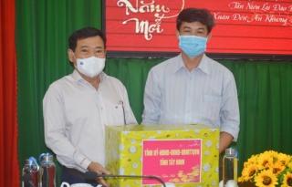 Chủ tịch UB.MTTQVN tỉnh thăm, chúc Tết tại Hoà Thành