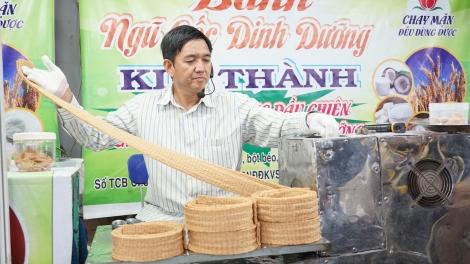 Phiên chợ hàng Việt về nông thôn doanh thu đạt gần 3 tỷ đồng