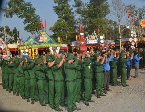 Hòa Thành: 236 công dân chuẩn bị lên đường nhập ngũ