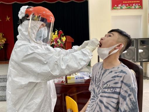 Xét nghiệm, bảo đảm phòng chống dịch Covid-19 cho giao nhận quân năm 2021