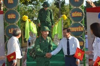 Thanh niên Tây Ninh sẵn sàng lên đường nhập ngũ