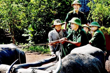 Thế trận biên phòng trên vùng biên Kà Tum