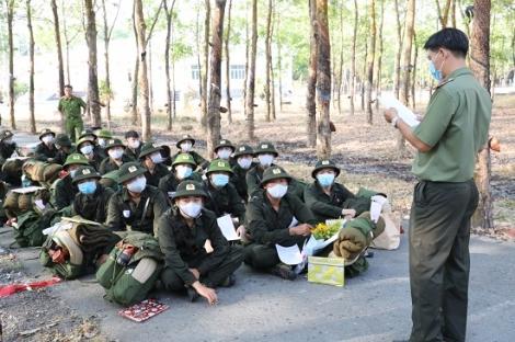 Công an Tây Ninh: Tổ chức giao, nhận 272 công dân nhập ngũ