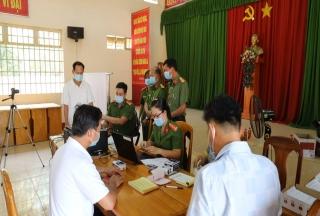 Phó Giám đốc Công an tỉnh kiểm tra tiến độ cấp CCCD
