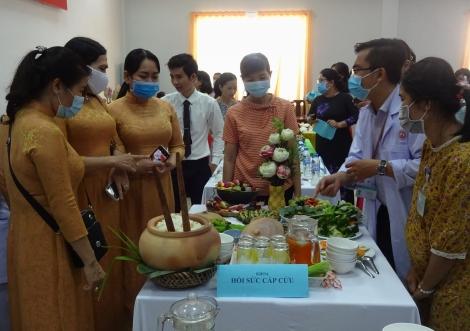 Trung tâm Y tế Gò Dầu họp mặt kỷ niệm ngày Quốc tế Phụ nữ