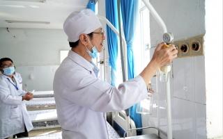 400 nhân viên y tế Bệnh viện đa khoa Tây Ninh được tiêm vaccine phòng Covid-19 từ ngày 24.3