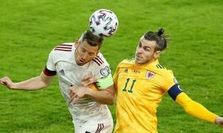 Bỉ thắng ngược Xứ Wales