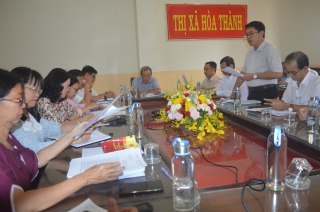 Uỷ ban bầu cử thị xã Hoà Thành họp phiên thứ 5