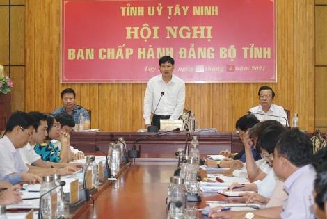 Hội nghị Ban Chấp hành Đảng bộ tỉnh lần thứ 5: Quan tâm công tác tạo nguồn quần chúng ưu tú để phát triển đảng viên