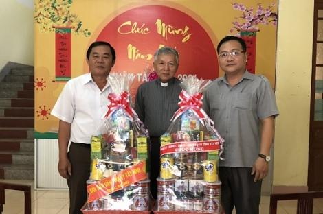 Lãnh đạo tỉnh Tây Ninh chúc mừng lễ Phục sinh Công giáo và Tin lành năm 2021.