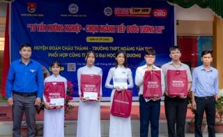 Tư vấn hướng nghiệp cho học sinh trường THPT Hoàng Văn Thụ