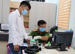 Phấn đấu trước ngày 15.6, toàn tỉnh cấp 1.024.800 căn cước công dân có gắn chip điện tử