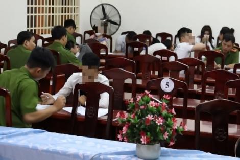 Công an TP.Tây Ninh: Phát hiện hàng chục người dương tính với ma túy trong quán Karaoke
