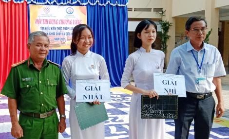 Trường THPT Nguyễn Thái Bình tổ chức hội thi Rung chuông vàng