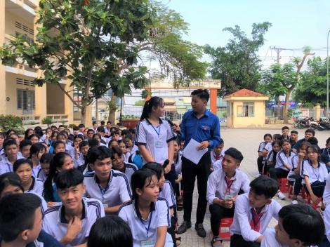 Thành đoàn Thành phố Tây Ninh: Tổ chức phiên toà giả định tuyên truyền về tác hại của ma tuý