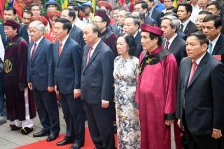 Chủ tịch nước dâng hương tại Lễ Giỗ Tổ Hùng Vương