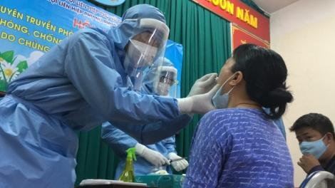 Covid-19: TP HCM truy vết các trường hợp tiếp xúc 3 người nhập cảnh trái phép từ Campuchia