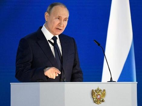 Putin 'lùi khỏi miệng hố' căng thẳng với phương Tây