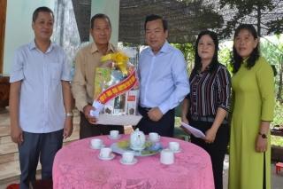 Phó Bí thư Thường trực Tỉnh ủy Phạm Hùng Thái thăm tặng quà gia đình chính sách tại Tân Châu
