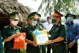 Kiểm tra công tác phòng, chống dịch trên biên giới Tây Ninh