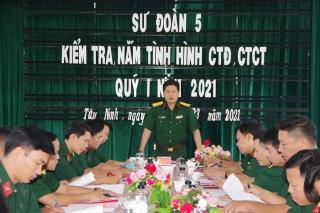 Kiểm tra, nắm tình hình công tác Đảng, công tác chính trị tại Trung đoàn 5