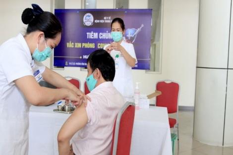 Sáng 1/5: Không có ca bệnh; gần 510.000 người Việt Nam đã tiêm vắc xin COVID-19