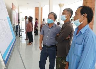 Ứng cử viên đại biểu HĐND tỉnh, huyện: Tiếp xúc cử tri, vận động bầu cử tại xã Long Giang