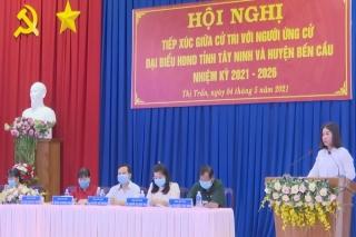 Ứng cử viên đại biểu HĐND tỉnh và huyện Bến Cầu tiếp xúc với cử tri Thị trấn