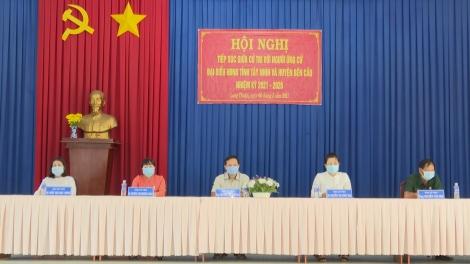 Ứng cử viên đại biểu HĐND tỉnh và huyện Bến Cầu tiếp xúc với cử tri xã Long Thuận