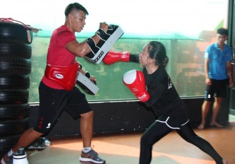 Rèn thể lực với Kick-boxing