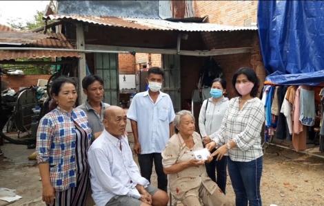 Thành phố hỗ trợ đột xuất các gia đình bị thiệt hại do mưa giông